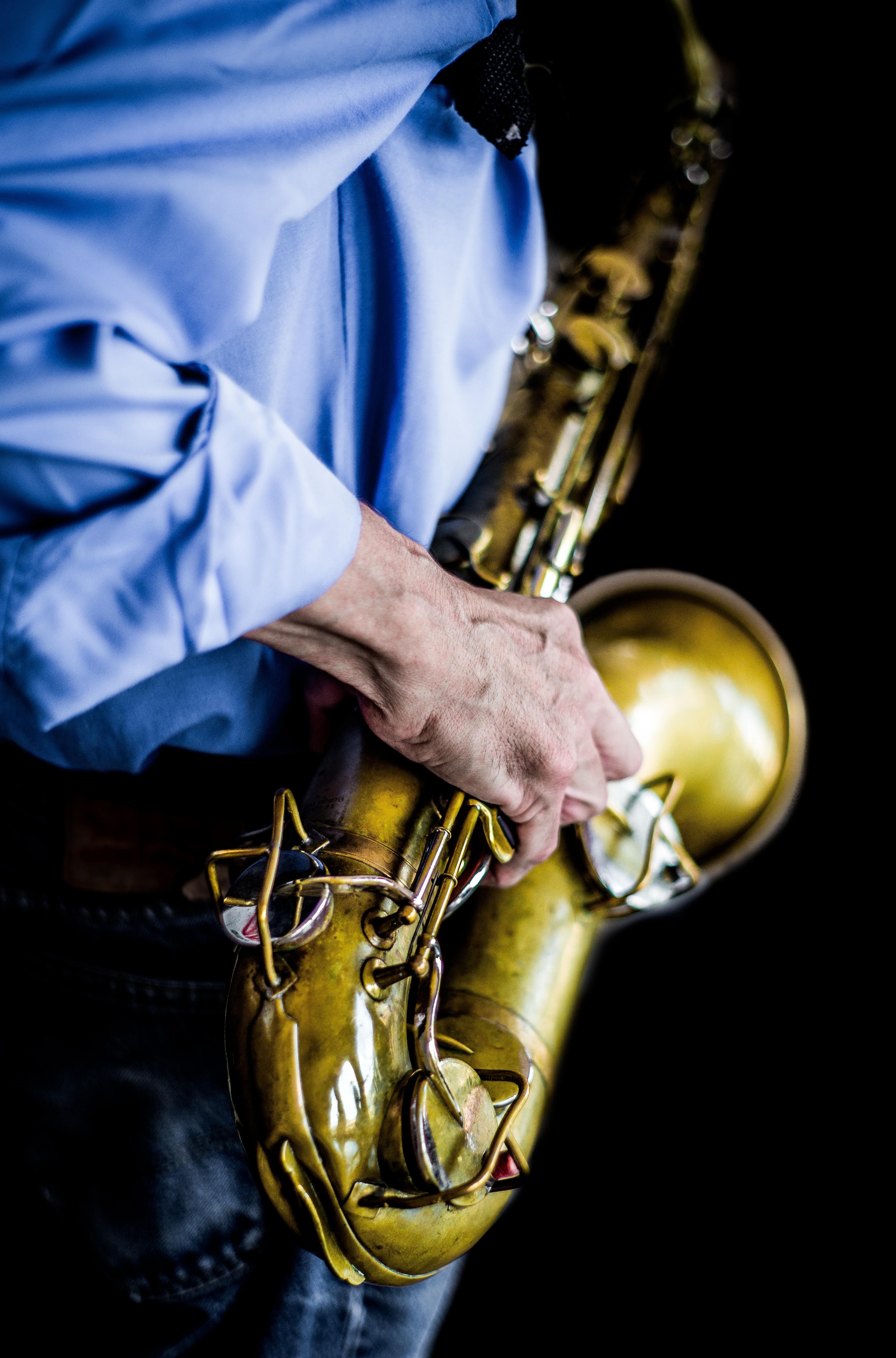 フルート、サックスは金属なのに木管なの?金管楽器と木管楽器の違いとは
